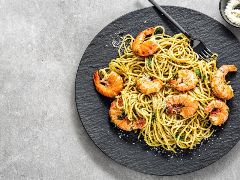 Sword-surgelati-spaghetti-gamberi-e-pesto-di-cicoria