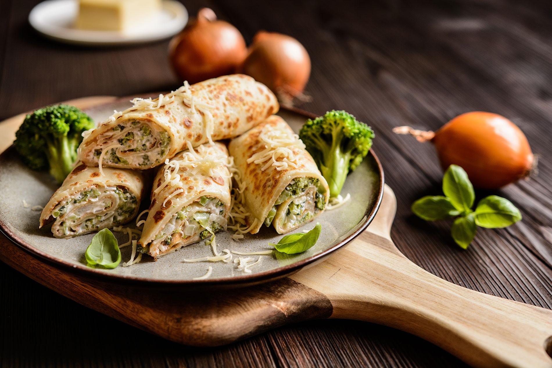 Sword-surgelati-crepes-salate-broccoli-cipolle-e-salsa-di-gorgonzola
