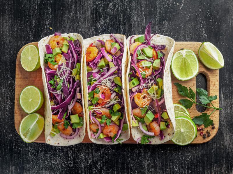 Sword-surgelati-tacos-ripieni-di-gamberi-e-avocado